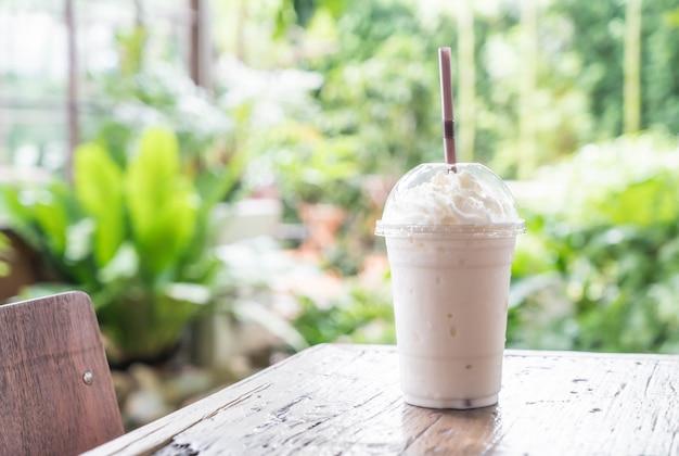 Vanille-milchshake-smoothie