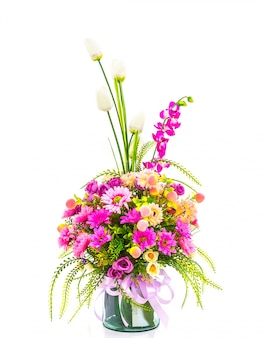 Vase mit einem schönen blumenstrauß