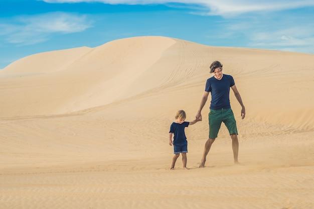 Vater und sohn in der weißen wüste