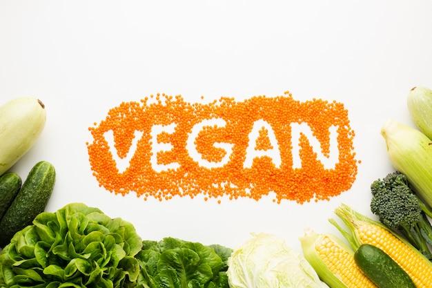 Vegane schrift auf weißem hintergrund