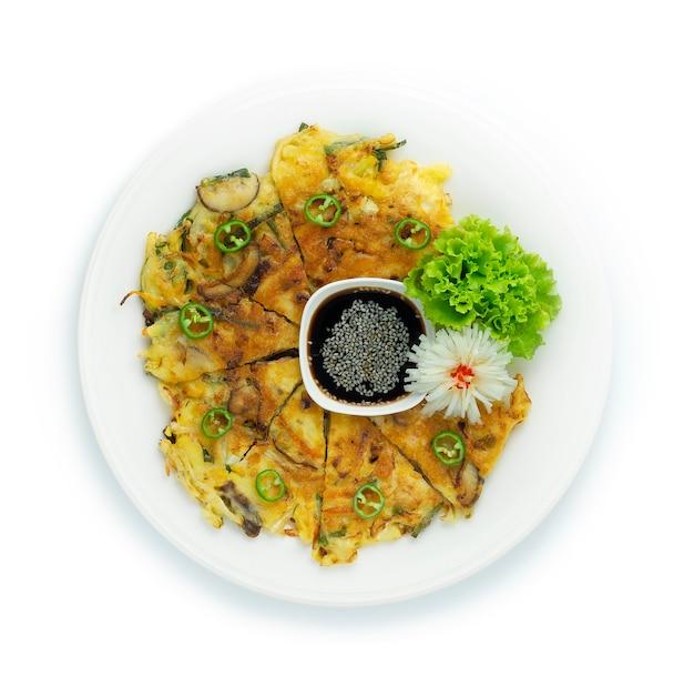 Vegetarischer stil des koreanischen pfannkuchens (yachaejeon)