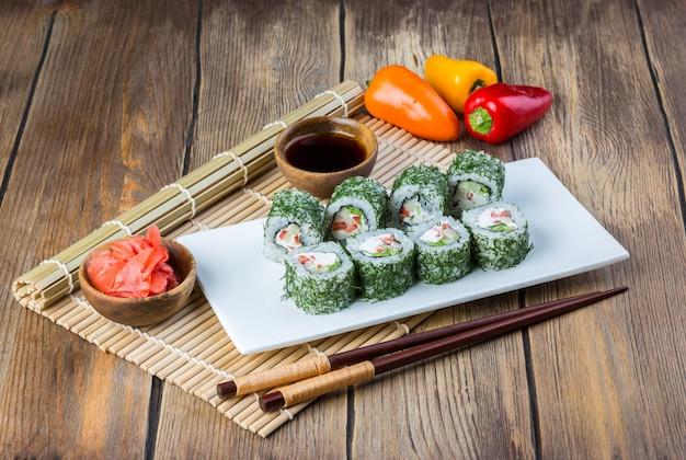 Vegetarischer sushirollensatz