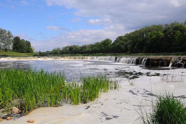 Ventas rumba wasserfall am fluss venta. kuldiga, lettland.