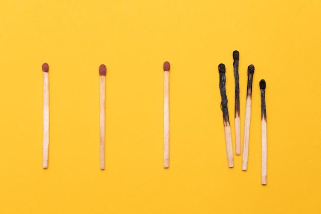 Verbrannte und neue streichhölzer Kostenlose Fotos
