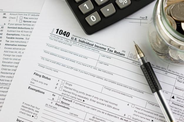Vereinigte staaten einkommensteuererklärung irs 1040 dokumente