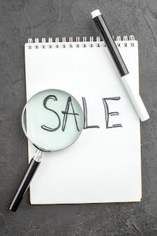 Verkauf von oben auf spiralblock geschrieben lupa schwarzer marker auf schwarz