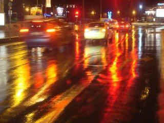 Verkehr in der nacht straße