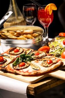 Verkostetes und berühmtes italienisches essen