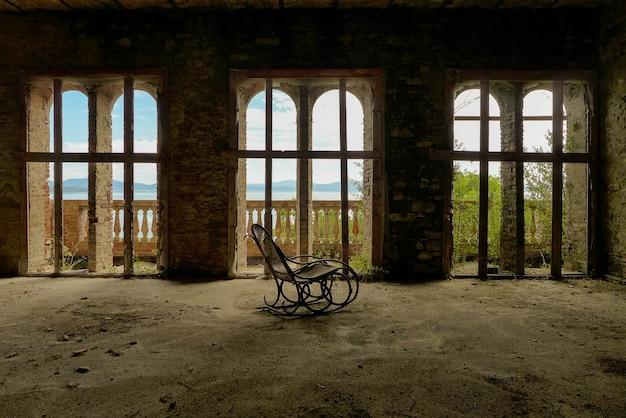 Verlassenes herrenhaus italien