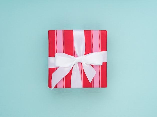 Verpackte geschenkbox