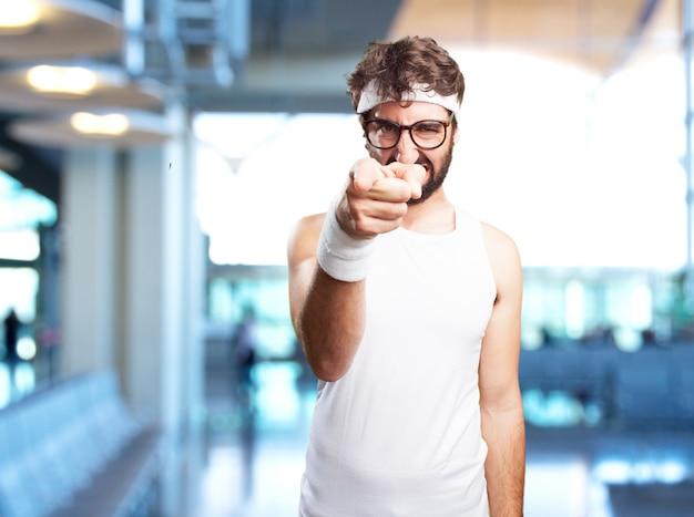 Verrückt sport mann wütend ausdruck