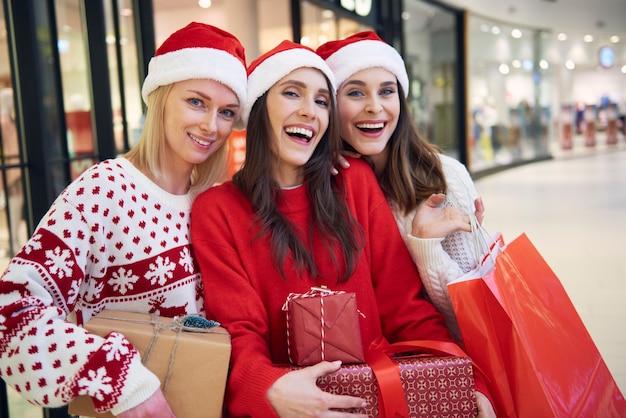 Verrücktheit beim weihnachtseinkauf
