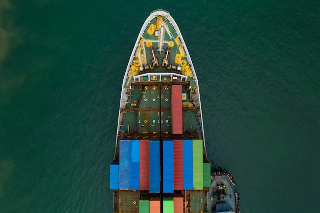 Versand frachtcontainer service geschäft transport import export international auf dem seeweg