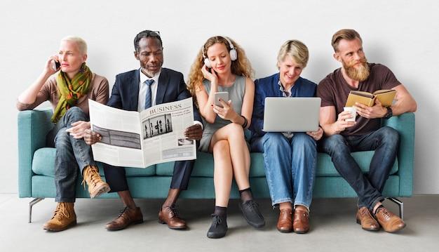 Verschiedenartigkeits-gruppe von personenen-lebensstil-kommunikations-konzept