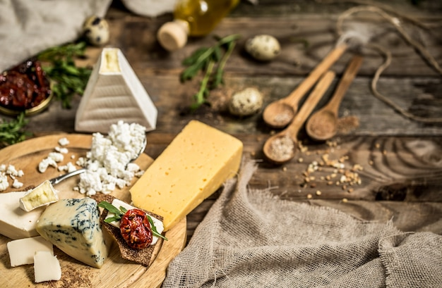 Verschiedene arten der käsezusammensetzung