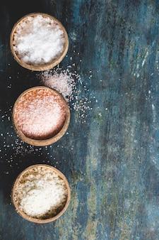 Verschiedene arten von natürlichem salz