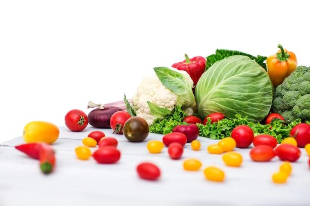 Verschiedene bio-gemüse. gesundes essen.