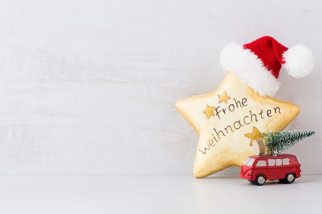 Verschiedene festliche dekoration für weihnachten