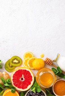Verschiedene gesunde produkte zur stärkung der immunität von oben