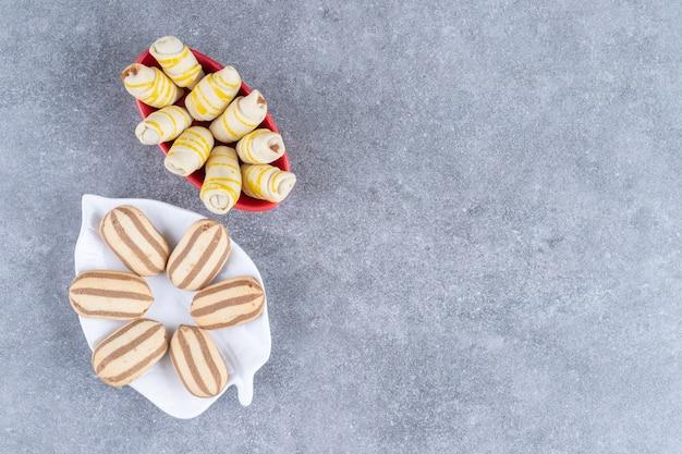 Verschiedene keksplatten