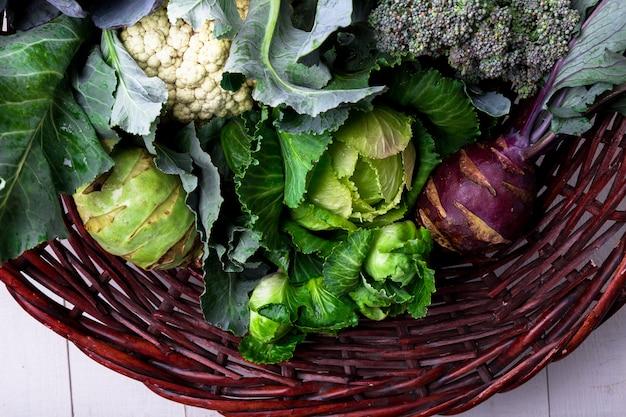Verschiedene kohl-brokkoli-blumenkohl,