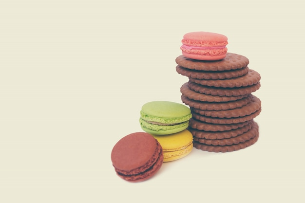 Verschiedene leckere süßigkeiten und snacks
