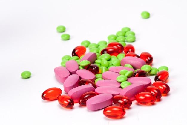 Verschiedene tablettenpillen-kapselhaufenmischungs-therapiedrogendoktorgrippeantibiotikum-apothekenmedizin medizinisch