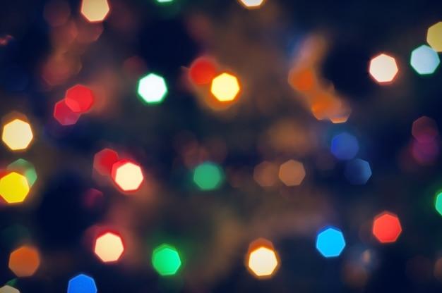 Verschwommene weihnachtsbeleuchtung