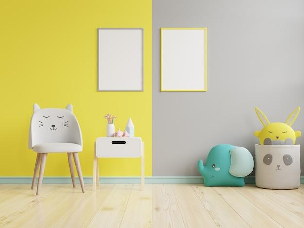 Verspotten sie plakatrahmen im kinderzimmer auf gelbem beleuchtendem und ultimativem grauem wandhintergrund