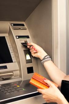 Verwendung von geldautomaten
