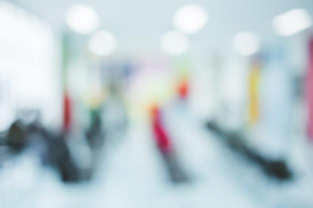 Verwischen sie bildhintergrund des wartebereichs im krankenhaus