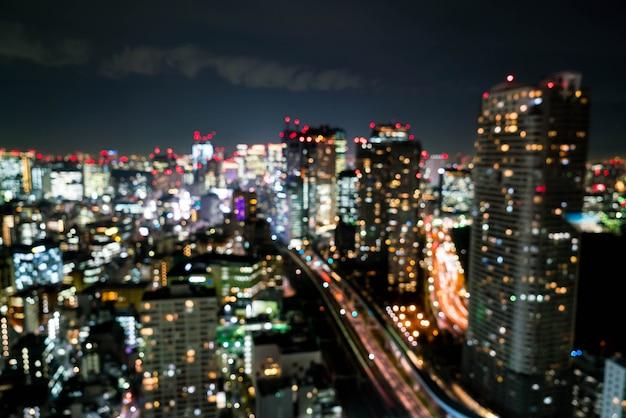 Verwischen sie tokyo city skyline nachts