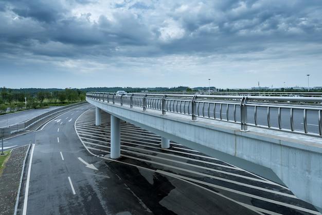 Viadukt der stadt