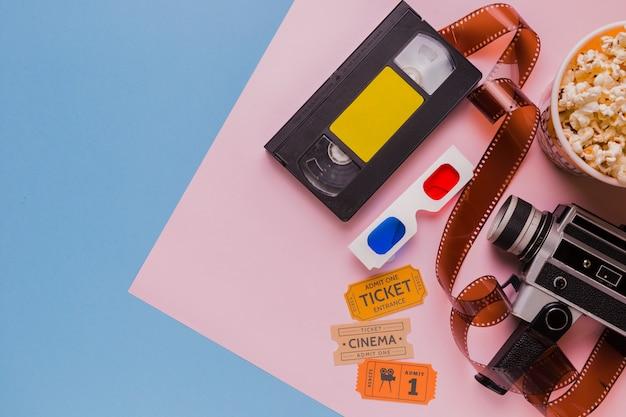 Videoband mit zelluloid und gläsern 3d