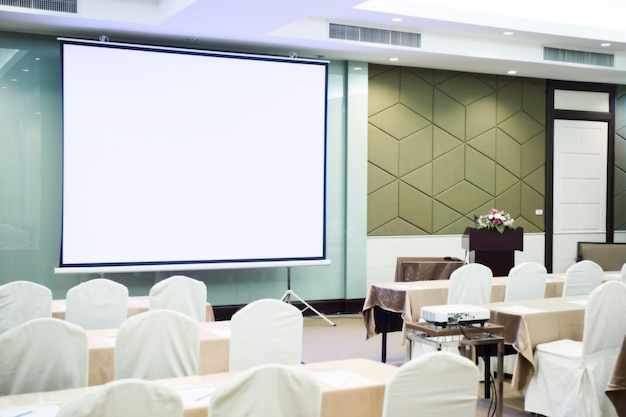Videokamera im konferenzraum für den beruf