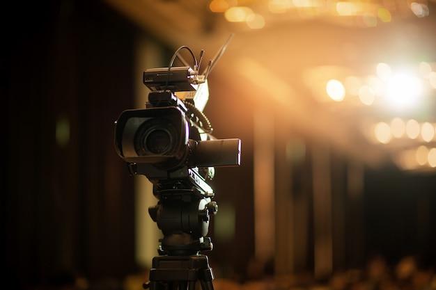 Videokamera mit unscharfem hintergrund