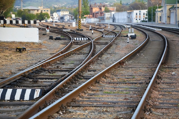 Viele eisenbahnen führen zum seehandelshafen