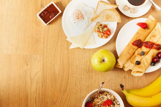 Vielfalt der speisen zum frühstück