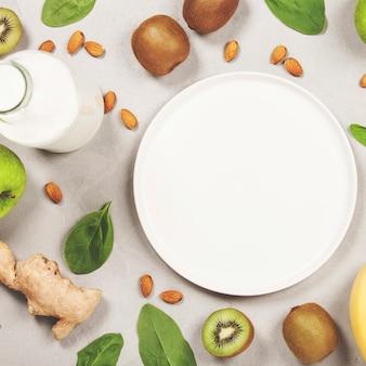 Vielzahl von frischen früchten und nüssen
