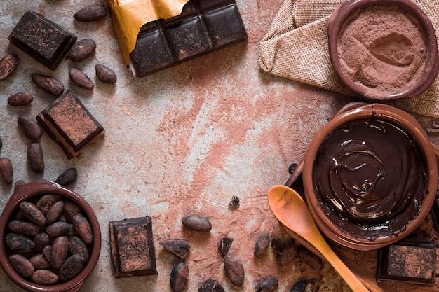 Vielzahl von kakaoprodukten aus kakaobohnen