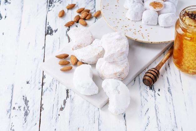 Vielzahl von traditionellen griechischen süßigkeiten