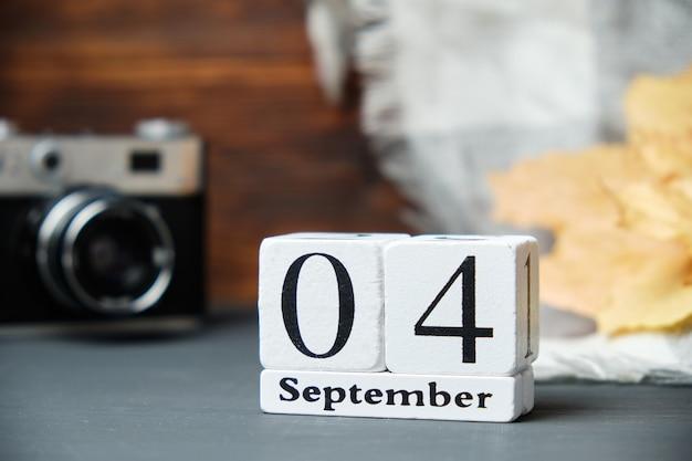 Vierter tag des herbstmonats kalender september
