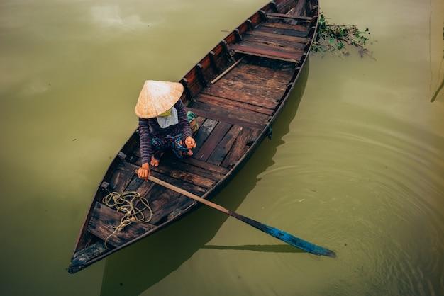 Vietnamesische boote in hoi an