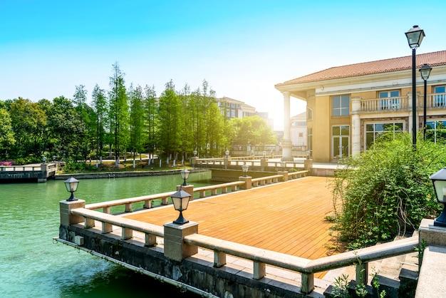 Villa resort im europäischen baustil