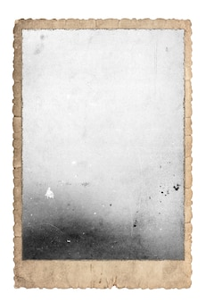 Vintage bilderrahmen für fotos und bilder. altpapier isoliert