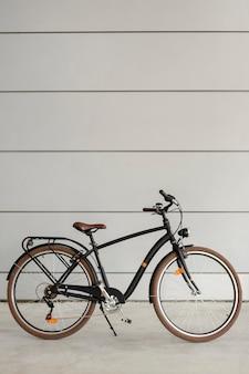 Vintage fahrrad für ökologischen transport
