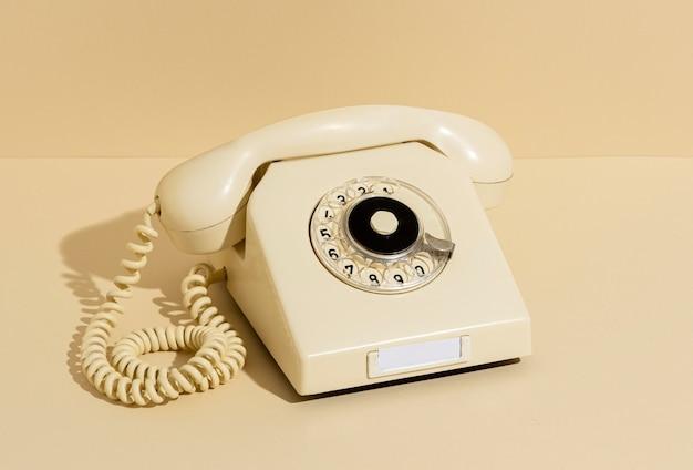 Vintage gelbe telefonanordnung Kostenlose Fotos