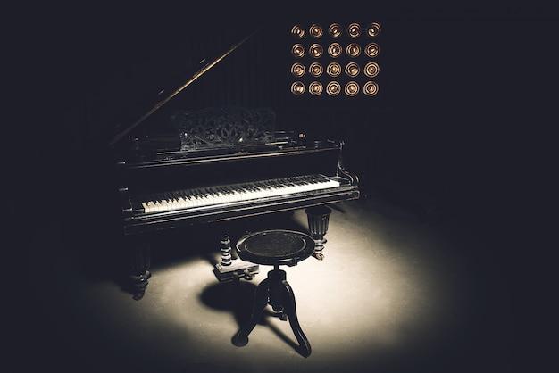 Vintage klavier