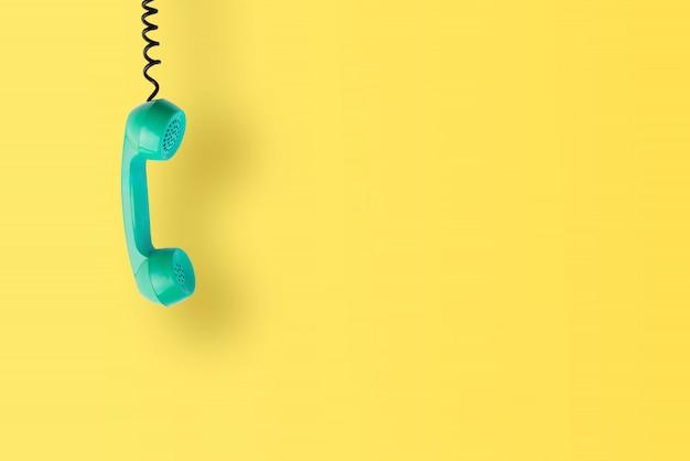 Vintage und retro-telefon isoliert