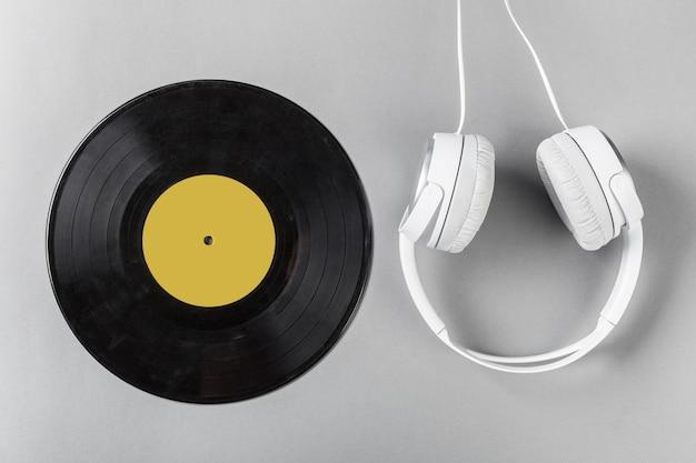Vintage vinyl auf grau